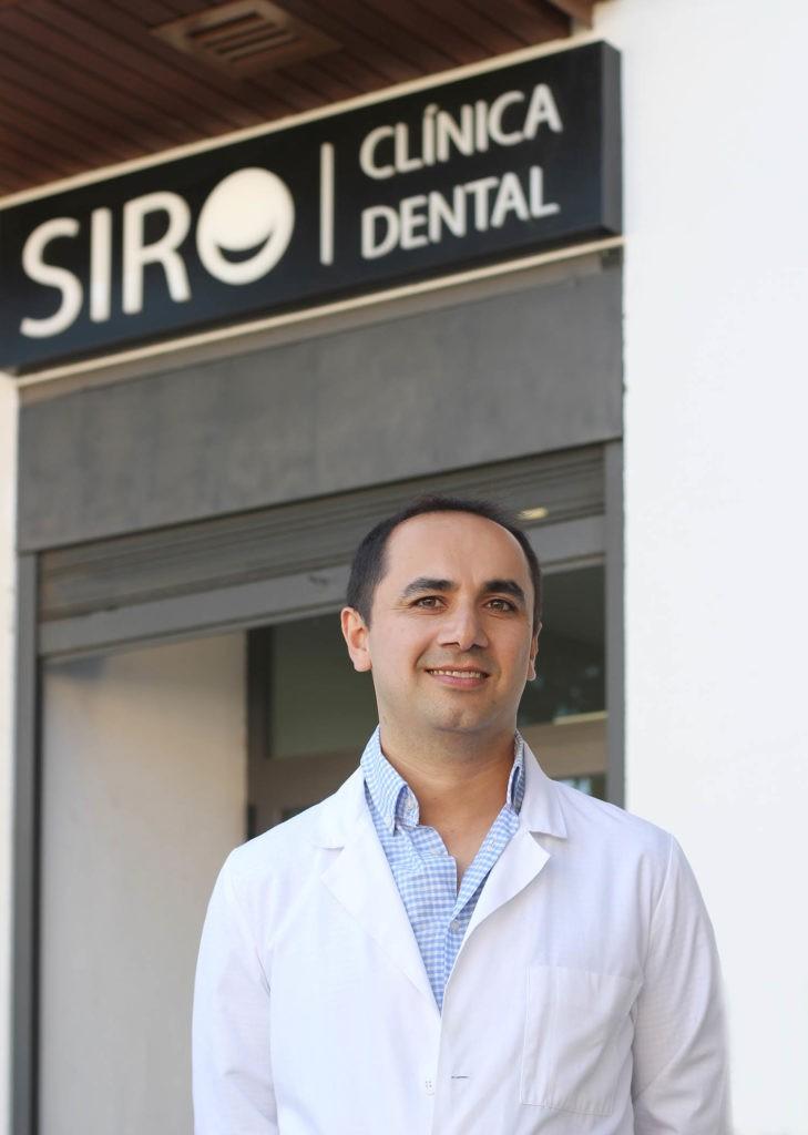 Farshid Danesh odontólogo de confianza en Clínica Dental SIRO